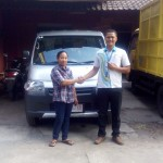 Foto Penyerahan Unit 10 Sales Marketing Mobil Dealer Daihatsu Digger