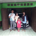 Foto Penyerahan Unit 6 Sales Marketing Mobil Dealer Daihatsu Digger