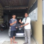Foto Penyerahan Unit 5 Sales Marketing Mobil Dealer Daihatsu Agung