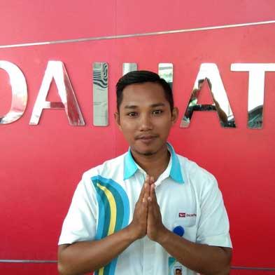 Sales-Marketing-Mobil-Dealer-Daihatsu-Khasan
