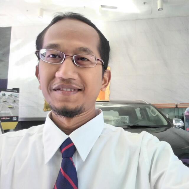 Sales Marketing Mobil Dealer Mitsubishi Salatiga Asiyanto